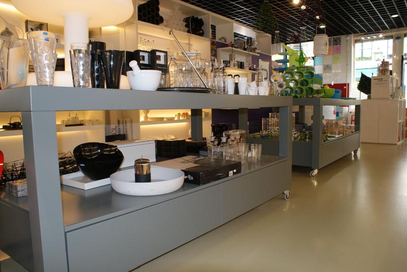 Winkelinterieur beyer essence of wood interieurbouw for Interieur winkels
