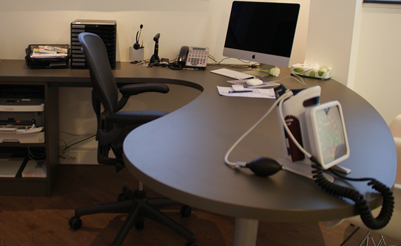 kantoorinterieur-op-maat-laten-maken-bureau